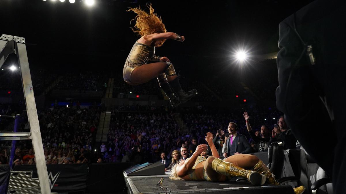Becky vs Charlotte-ladder leg drop
